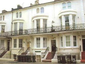 Cavendish Place, Eastbourne Bn21