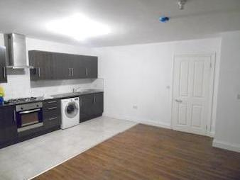 House to rent, Lupin Mews E17 - Mews