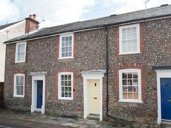 Parchment Street, Chichester Po19