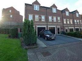 Gaunts Place, Farsley, Pudsey, West Yorkshire Ls28