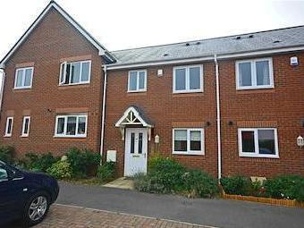 Dexter Way, Gloucester Gl1 - Patio