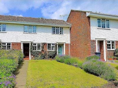 Shelton Close, Guildford, Surrey, Gu2
