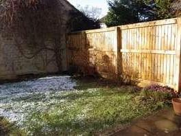 House to let, Rose Way - Garden