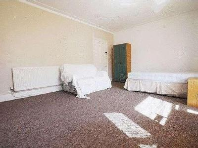 House for sale, Ampthill Road