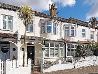 House for sale, Wisley Road - Modern