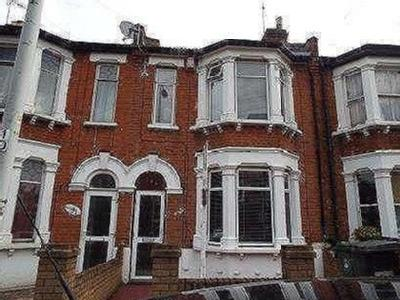 House for sale, Harrow Road - Terrace