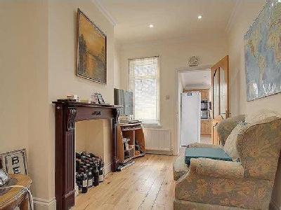 House for sale, Royal Gardens