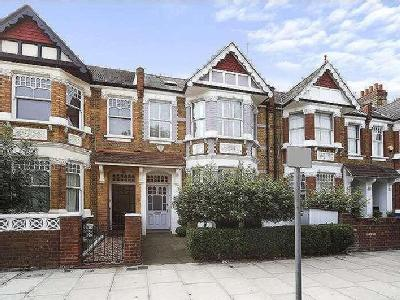 House for sale, Kempe Road - Garden