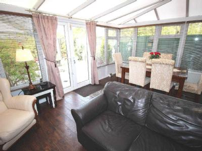 House for sale, Mariners Way - Garden
