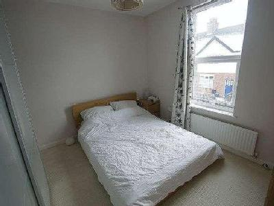 Crossman Street - Double Bedroom