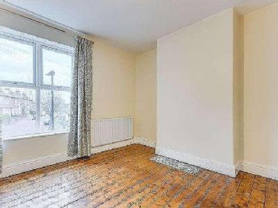 House to rent, Clarence Road - Garden