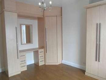 House to rent, Langdale Road - Modern