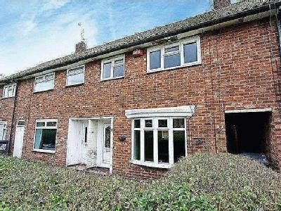 Coldstream Close, Hull, Hu8 - Terrace