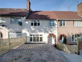 House for sale, Crest Road Nw2