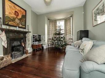 House to rent, Maude Road Se5