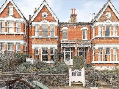 Curzon Road, Muswell Hill, N10