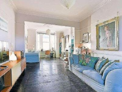 Buckleigh Road, Sw16 - Reception