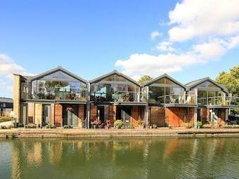 Marsworth Wharf, Marsworth, Tring Hp23