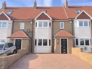 Broomfield Avenue, Telscombe Cliffs, Peacehaven, East Sussex Bn10