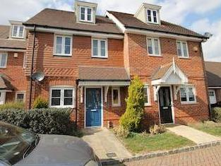 Foxhollow Close, Walton On Thames, Surrey Kt12