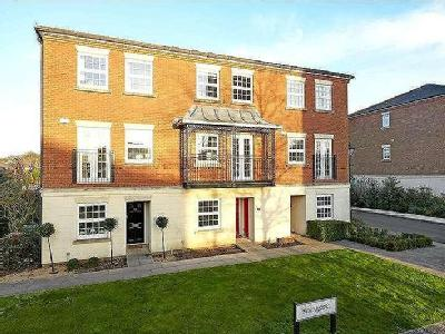 Tower Place, Warlingham, Surrey, Cr6
