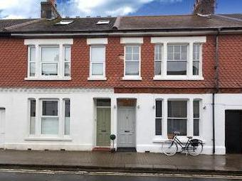 Thorn Road, Worthing, West Sussex Bn11