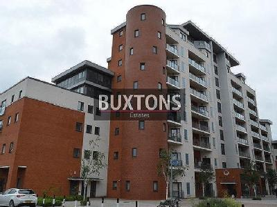 The Junction, Grays Place, Sl2