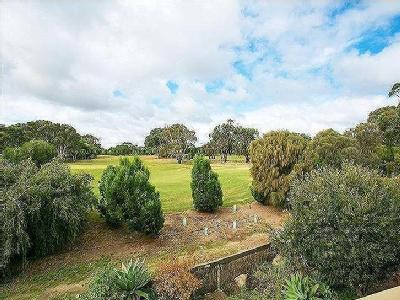 Sportsmans Drive, West Lakes - Garden