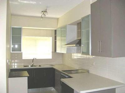 Flat to rent Renwick Street - Air Con