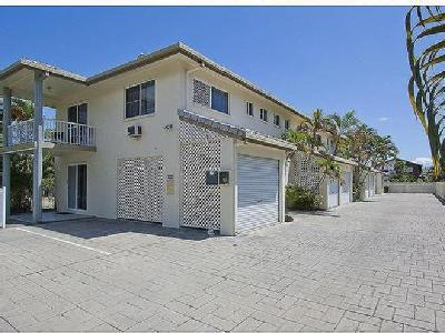 Welsh Street, Rosslea - Swimming Pool