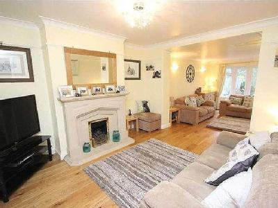 Tismeads Crescent, Wiltshire, Sn1