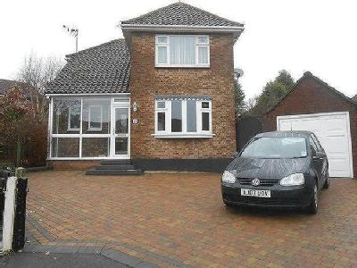 Woodlands Close, Rayleigh, Ss6