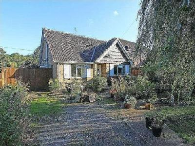 Canada Road, West Wellow, So51