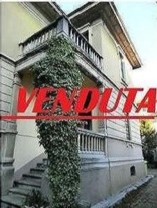 Case in vendita a via madonna rho for Case in vendita rho