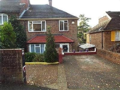 Whitefield Avenue, Purley, Cr8