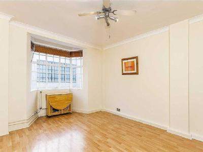 Woburn Place, Wc1h - Freehold, Porter
