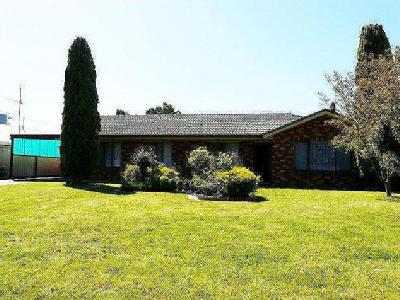Tocumwal, NSW, 2714 - En Suite, House