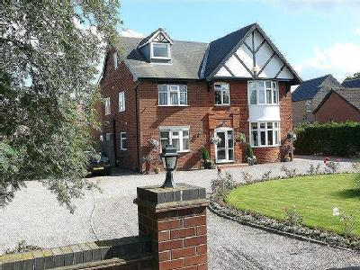 House for sale, Newark Road