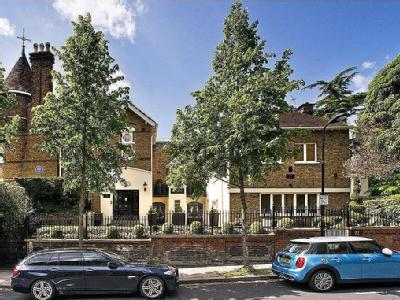 Frognal, London, NW3 - Detached