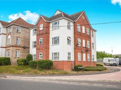Flat to rent, Bewick Court