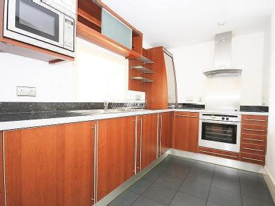 Flat to rent, Newton Place - Terrace