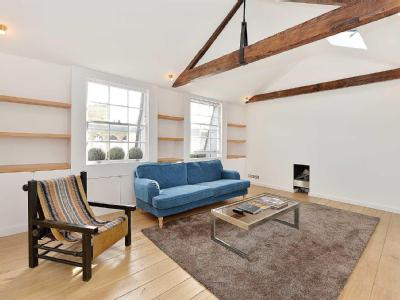 Flat for sale, Chesham Street - Lift