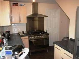 House to let, Verity Way - Furnished