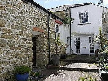House to let, Truro