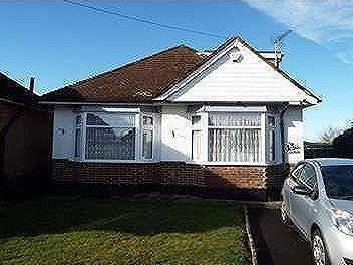 House to let, Kinson Village