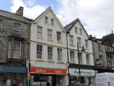 Flat to let, Fore Street - Victorian