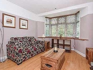 Flat to let, South Woodford - Flat