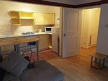 Flat to let, Bournemouth - Modern