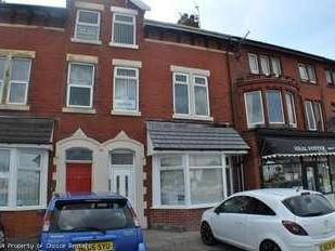Flat to rent, Rossall Road