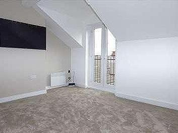 Flat to let, Crosby Road Lq - Modern
